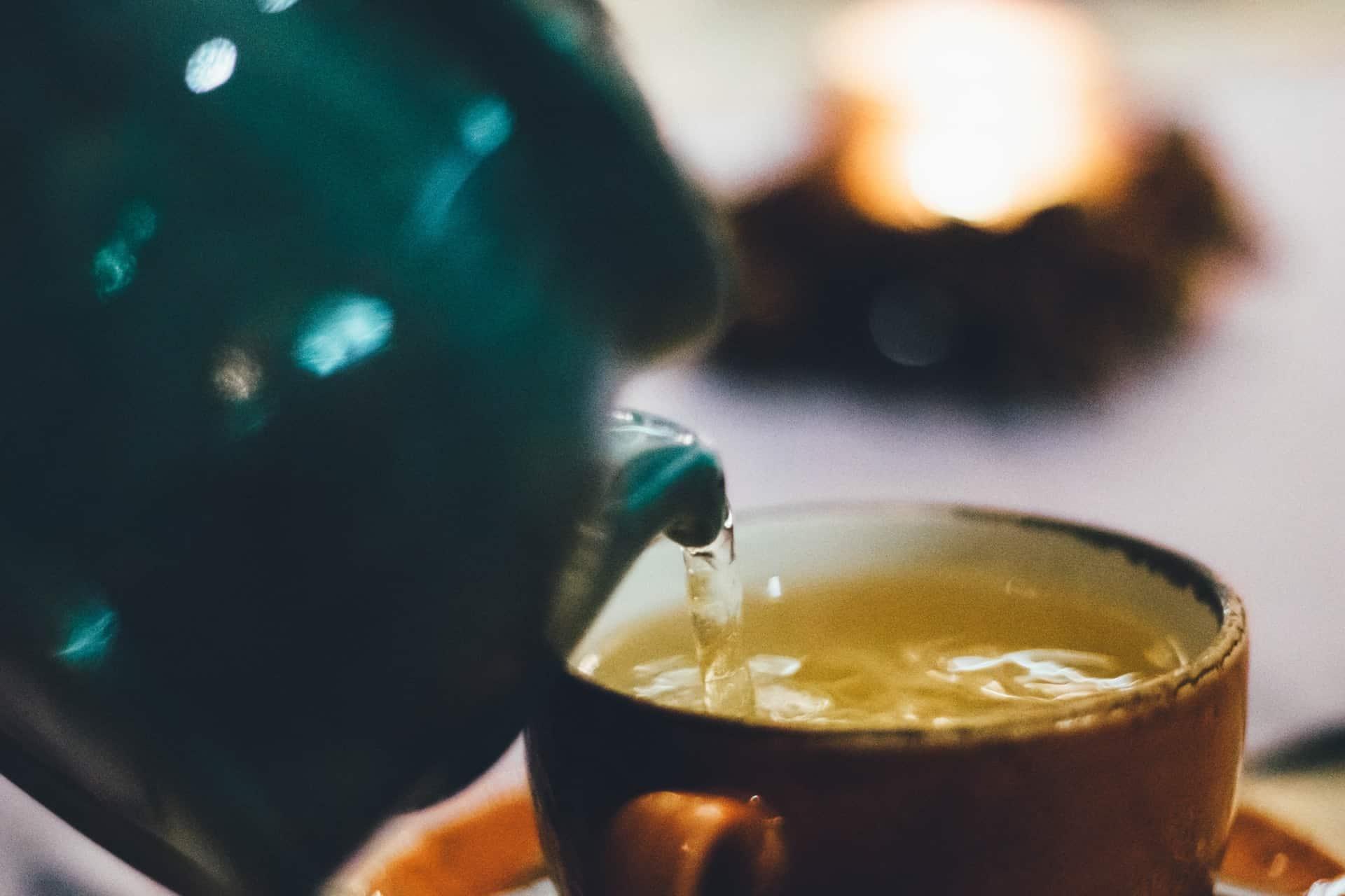 Tee zum Abnehmen: Wie es funktioniert und welche Sorte dabei hilft