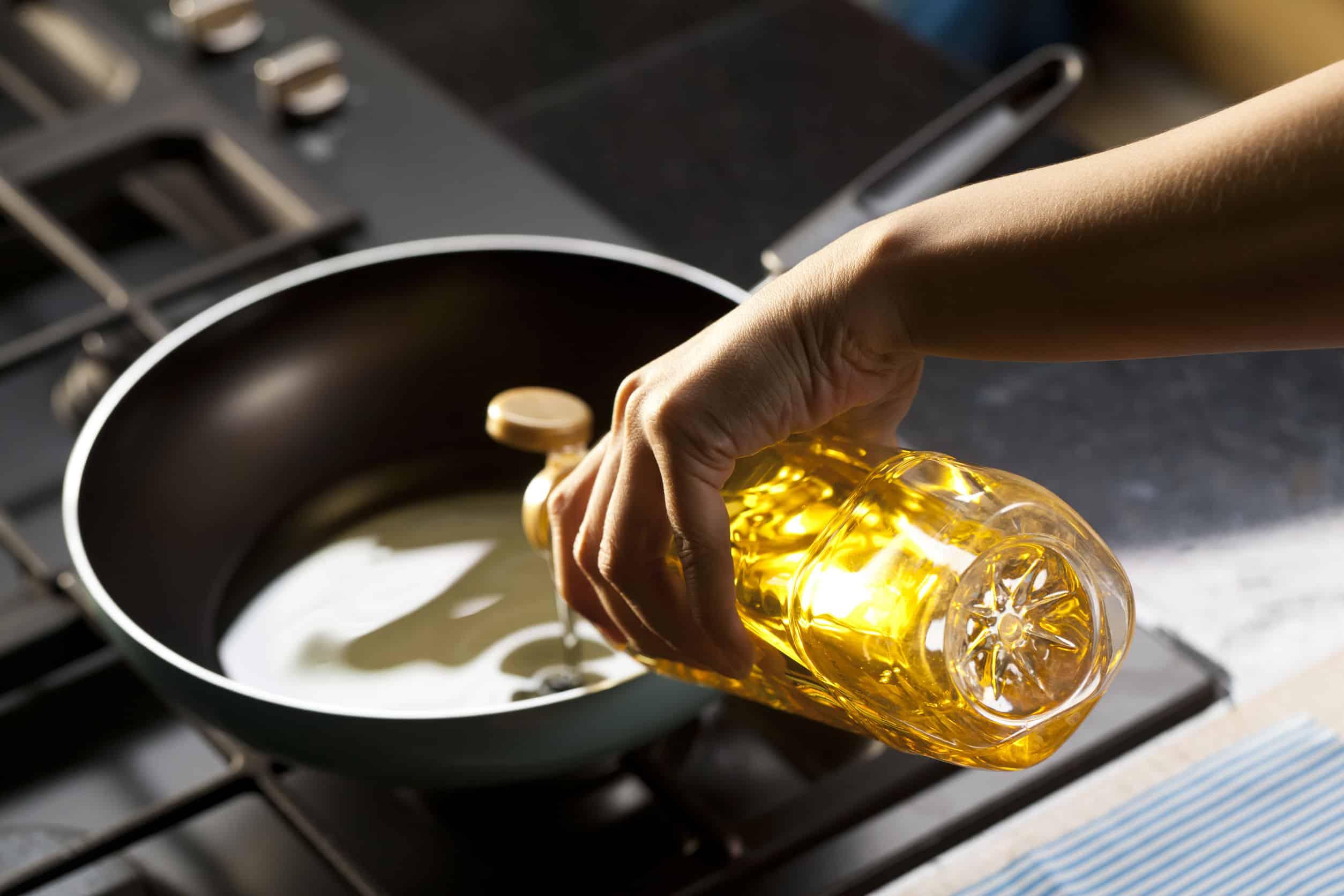 Öl zum Braten: Alle Fragen und Antworten