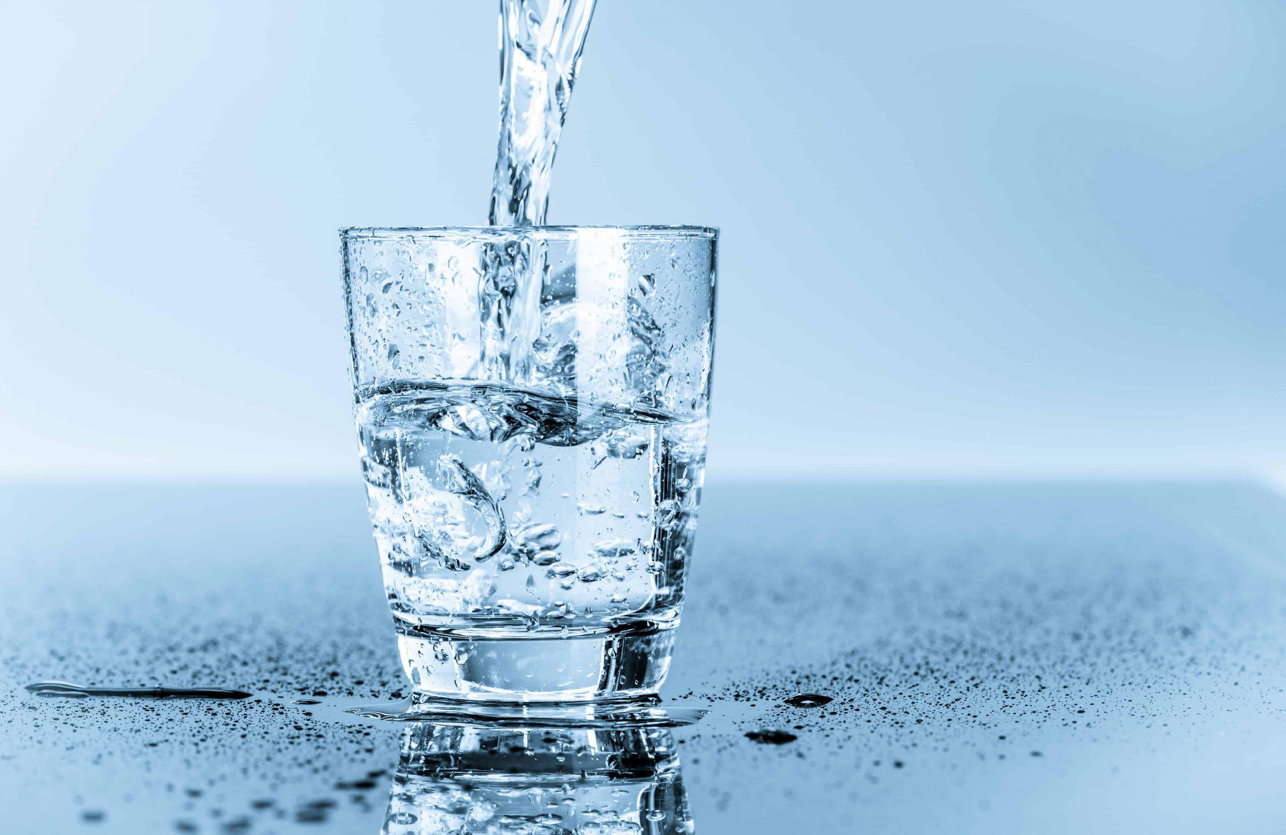 Natriumarmes Mineralwasser: Test & Empfehlungen (08/20)