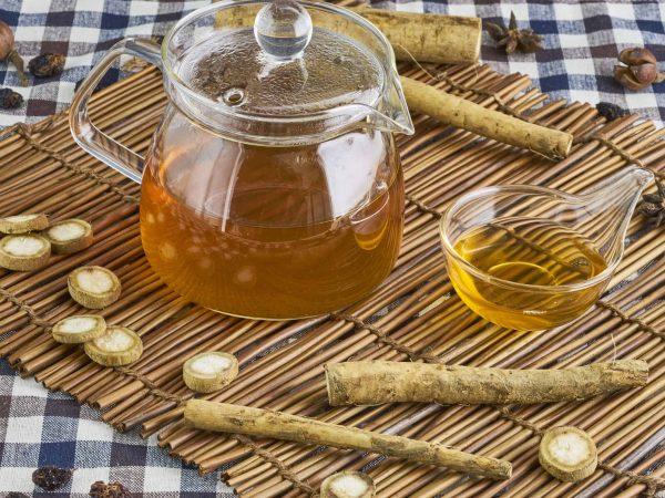 Burdock herbal tea, healthy medicine and remedy